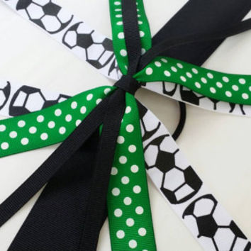 Green and black soccer hair streamer bow, team color bow, ponytail holder ribbon, football, ribbon hair tie, school team sports, soccer bow