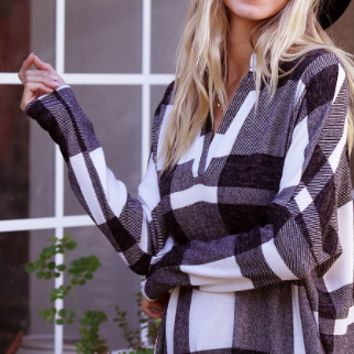 White and Black Plaid Print Pullover Tunic