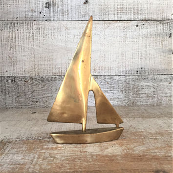 Sailboat Brass Sailboat Brass Nautical Decor Mid Century Sailboat Brass Beach House Decor Sailboat Paperweight Brass Boat Figurine