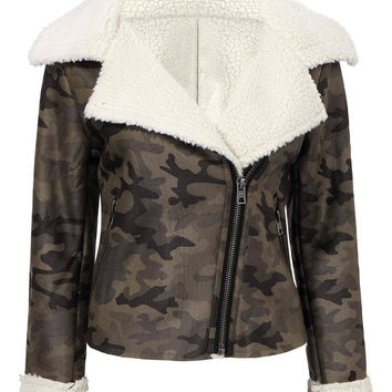 Green Fur Designed Collar and Cuffs Camo Print Jacket