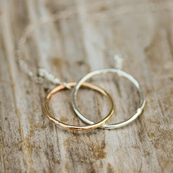 Mother Daughter // Eternity // Best Friend // Couple Necklace - Gold Silver Interlocking Slightly Hammered Rings Delicate Sterling Chain