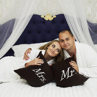 Mr and Mrs Pillow Covers Personalized Pillow Set Pillowcase Decorative Pillow Cover Home Family Bedroom Decor Throw Pillows Wedding Gift V28