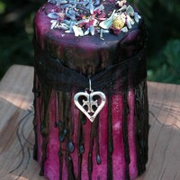 Hot Sugar Love . Herbal Alchemy Magick Candle 3x4 . Sugar, Amber, Lavender, Rose, Chamomile . Sexual Seduction, Attraction, Romance, Passion