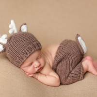 Cute Deer Hat Pants Handmade Knit Crochet photo props baby Outfit Costume (Size: 0-3m)