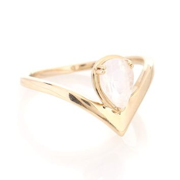 Celestine Orbit 14kt yellow gold ring with moonstone