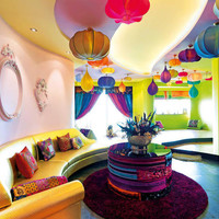 Boho Meets Indian Chic » Curbly | DIY Design Community « Keywords: color, bohemian, indian, interior