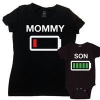 Mother and Son matching outfits mommy Me clothing mom baby gifts,battery  empty full  mother's Tshirt baby bodysuit