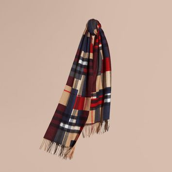 Burberry Cashmere Check Scarf in Block