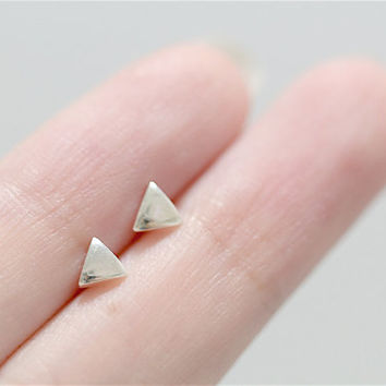 Small Triangle Earrings, Triangle Earrings, Triangle Stud Earrings, Sterling Silver Post, Geometric Earrings, Pyramid Earrings