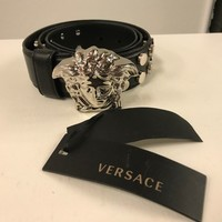 NWT AUTHENTIC VERSACE BELT WITH MEDUSA BUCKLE SIZE 95/38 BLACK STUDDED SILVER