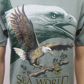 SHIRT ADULT MEDIUM Eagle Sea World Vintage 1990s Green