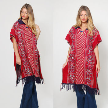 Vintage 70s SOUTHWESTERN Poncho FOLK Print Poncho Red White & Blue Hippie Sweater MEXICAN Poncho Knit Tunic with Fringe