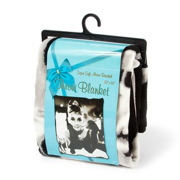 Audrey Hepburn Breakfast at Tiffany's Throw Blanket  | Icing