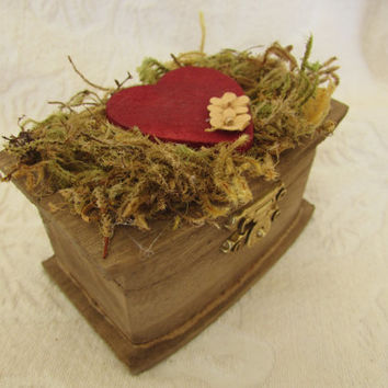 Boho Rustic Woodland Cottage CHic Wedding Ringbearer Box Burgundy Heart Moss