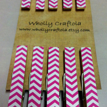 Pink Chevron Decorative Clothespins - Pink and White Chevron - Chip Clips - Refrigerator Magnets