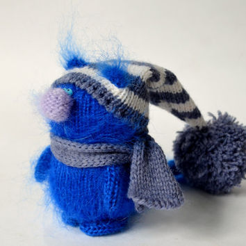 Indigo Blue Cat in Hat - Hand-Knitted Toy Amigurumi Miniature Art Dolls Christmas Ornament toys wool Handmade crochet collectible toy cats