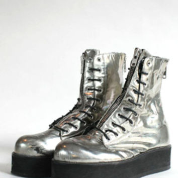 Forfex Metallic Platform Zip Boot (Small/Indie Brands)