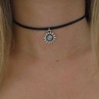 Sunflower 90s Black Leather Choker. Boho Flower Choker Necklace Hipster Sunflower Charm Choker Hippie Goth Gothic Jewelry+ Gift Box+Free Christmas Gift -Random Necklace =2Pcs Necklace
