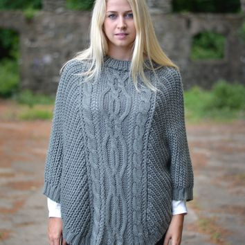 CHUNKY CABLE KNIT PONCHO
