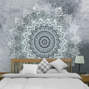 Bohemia Mandala Tapestries Carpet Wall Hanging for Wall Decoration Tribe Style Sandy Beach Throw Rug Bedding Blanket Bed Sheet