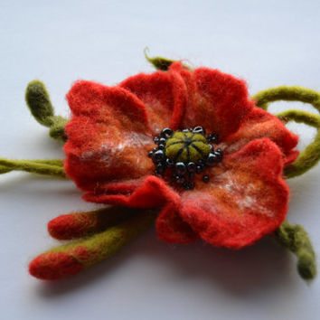 Red felt flower poppy pin brooch, Felt flower Pins, Poppy Jewelry, Flower brooch, Handmade Poppy Jewelry, Corsage Brooch