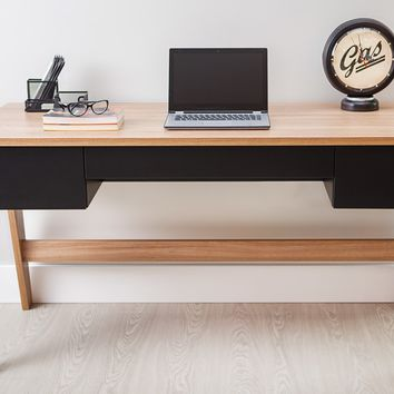 Hanover/ Black 3-drawer Home Office Desk