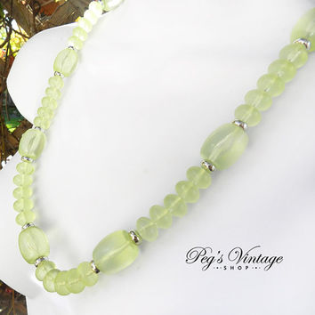 Vintage Green Translucent Lucite Beaded Necklace, Chunky Lucite Bead Necklace
