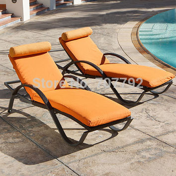 Fancy!Poolside outdoor wicker chaise lounge daybed