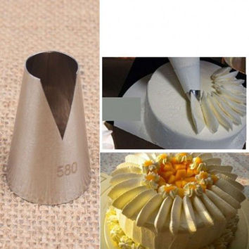 Popular 580# Flower Icing Piping Tips Nozzle Cake Cupcake Decorating Pastry Tool