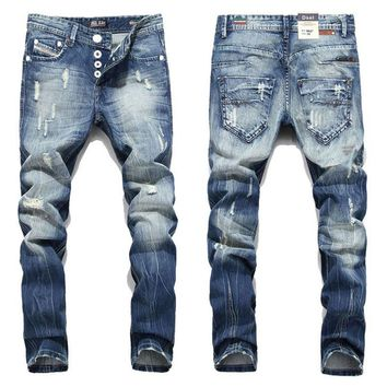 Fashion Men Jeans  Straight Fit Ripped Jeans Italian Designer Distressed Denim Jeans Homme