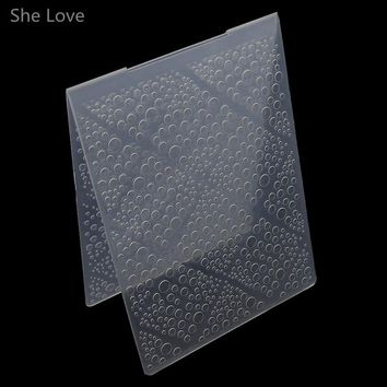She Love Scrapbooking Embossing Folder Bubble Plastic Template DIY Card Making Decoration Papercraft