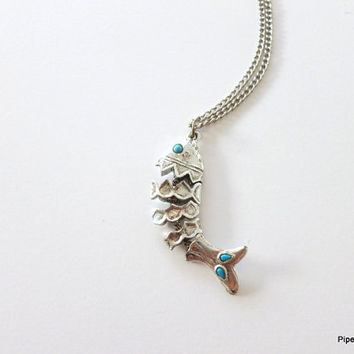 Articulating Fish Pendant Necklace Silver Tone Faux Turquoise Necklace 1980s Pisces Fish