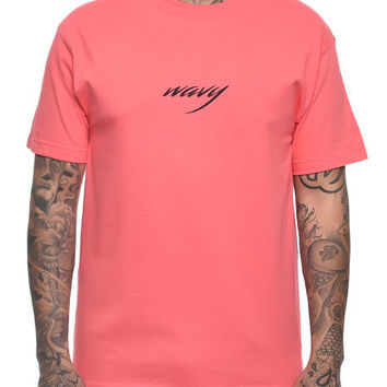 The Wavy Tee in Coral