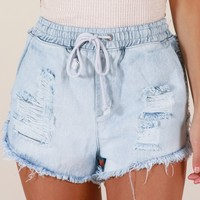 Home Girl denim shorts in light wash Produced By SHOWPO