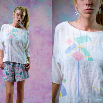 vtg 90s 80s pastel geometric t shirt, white pink purple fashion tee top, 1980s blouse, urban vintage, tumblr soft grunge, hipster fashion