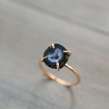 Miniature Blue Stone Ring. Baby Geode Rose Gold Fill Ring. Engagement Ring. Blue Gemstone Minimal Jewelry. Natural Geode Prong Ring