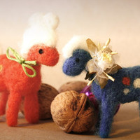 Surprise Pony needle felting horse tiny pony OOAK only for you as surprise equestrian horse art miniature horse unicorn or pegasus