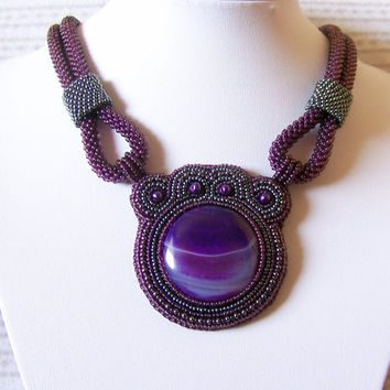 Saturn - Bead Embroidery Necklace with  Violet Agate