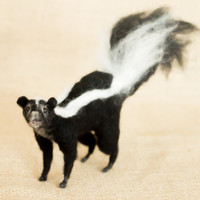 Cecil the Skunk: Needle felted animal sculpture