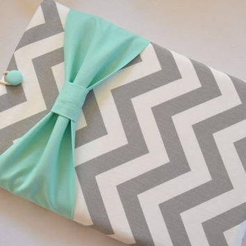 "Macbook Pro 15 Sleeve MAC Macbook 15"" inch Laptop Computer Case Cover Grey & White Chevron with Mint Bow"