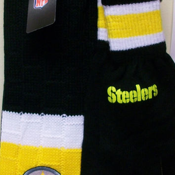 Steelers Knit Scarf and Glove Set