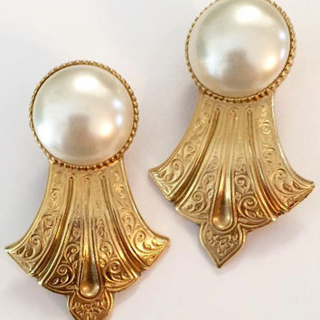 Baroque Pearl Earrings, Ben Amun Designer, Gold Tone Vintage Jewelry, Givenchy Style