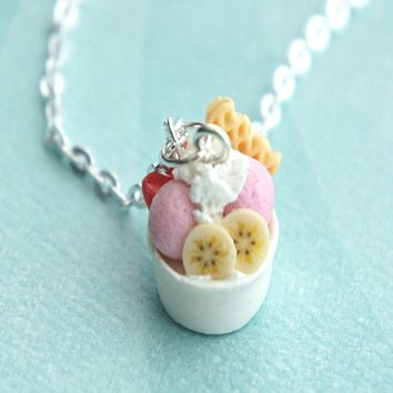 frozen yogurt necklace