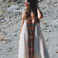Boho Inspired 2017 Summer Dresses Strapless floral embroidery sexy White maxi Dress long women Dresses hippie chic Vestido Robes
