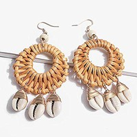 LOVFASHION Women Beach Shell Rattan Earrings Woven Handmade Straw Oval Drop Dangle Earrings Bohemian Earrings Geometric Statement Earrings
