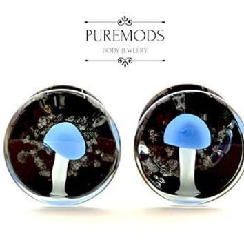Blue Glow In The Dark Mushroom Glass Plugs 00G (10mm)
