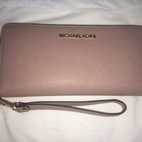 Michael Kors MK Travel wallet dusty pink NEW
