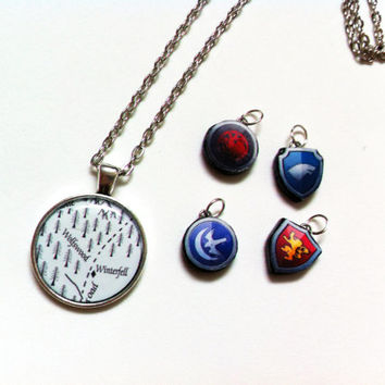 Winterfell Map - Games Of Thrones - Necklace (With House Sigil Of Your Choice)