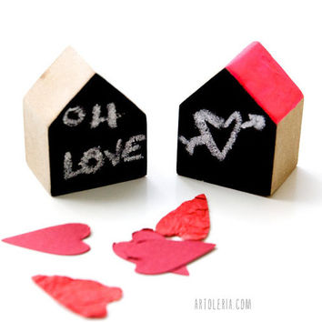 Wood houses a couple miniature placeholders by Artoleria on Etsy