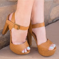 Paige Pumps in Chestnut